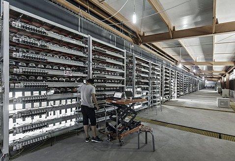 中国のBitmain社が運営するマイニング施設